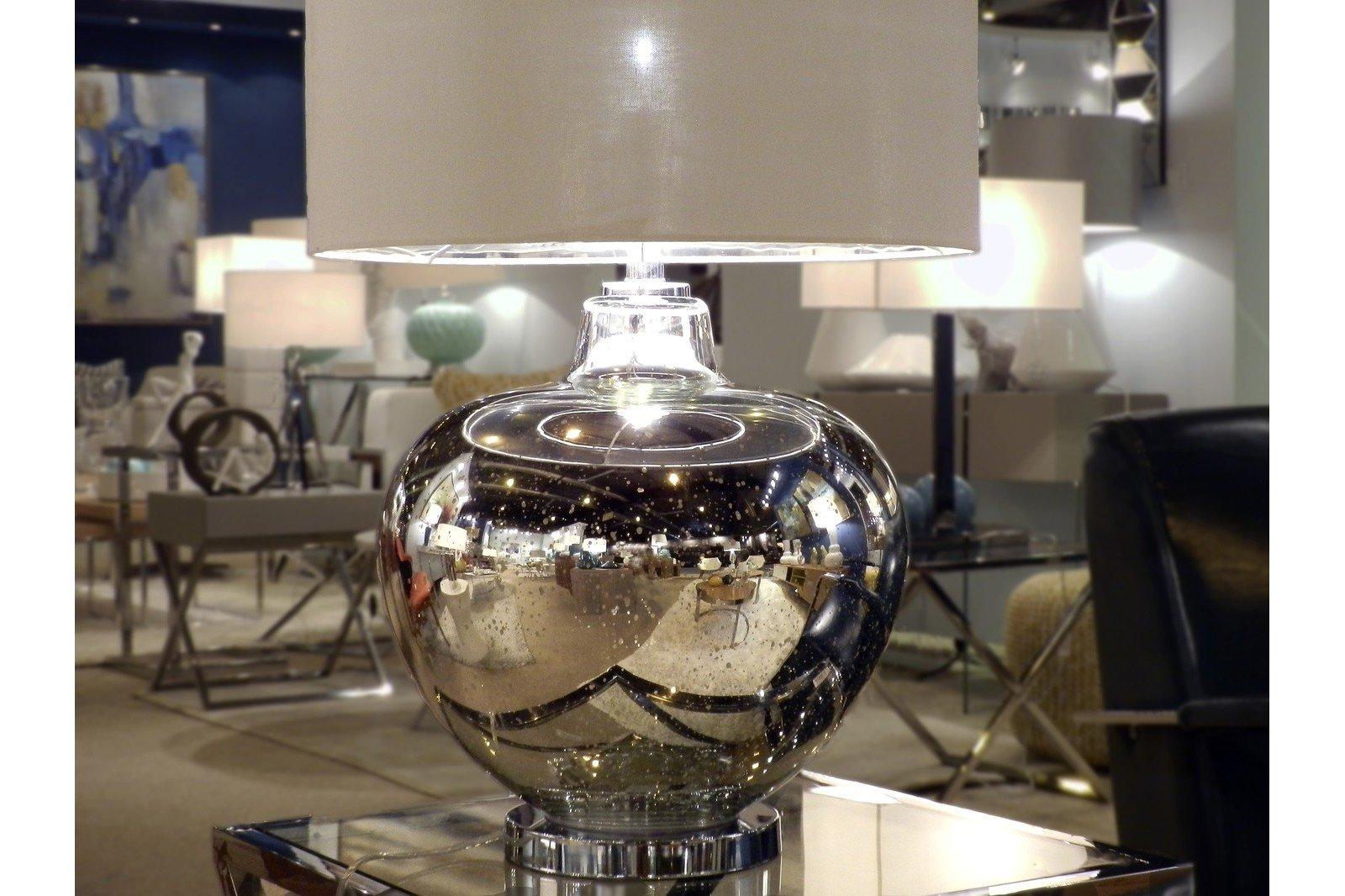 lampara-mesa-cristal-plata-con-pantalla.jpg