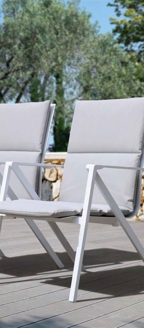 Modern patio furniture Delivered to your home in Marbella