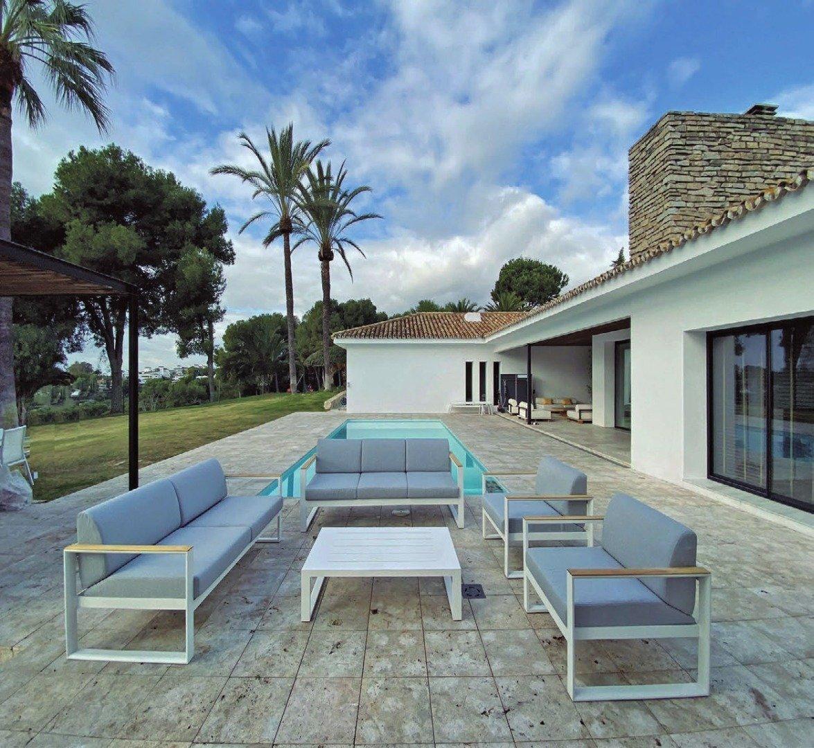 Furniture Specialists in Estepona