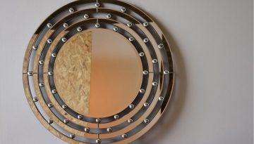 round-mirror.jpg